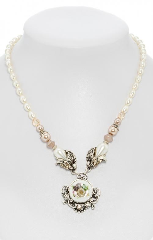 Collana di perle con pendente in ceramica taupe